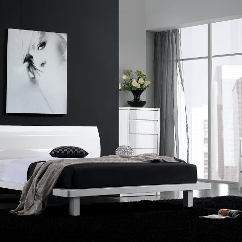 Delfina Bedroom Set