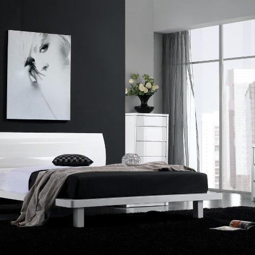 Delfina Bedroom Set