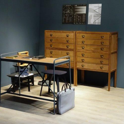 Camper-L Desk
